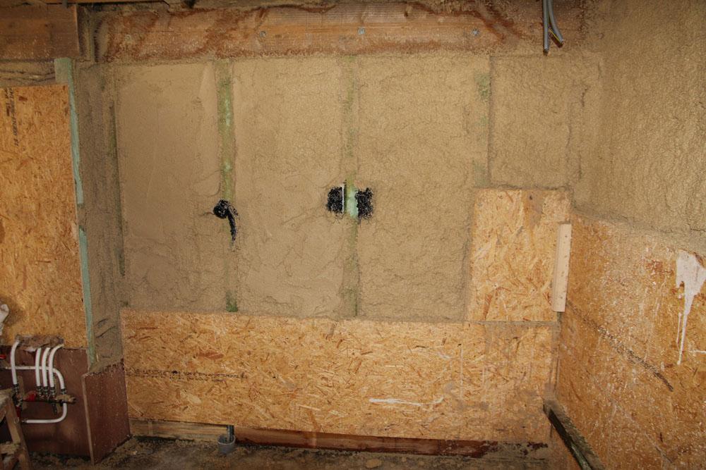 Isol'Argilus après la projection contre un mur