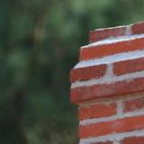briques pressées cheminée