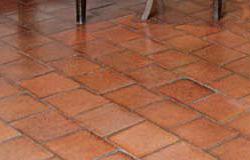 Carrelage en terre cuite pour sol ecobati for Carrelage en terre cuite entretien