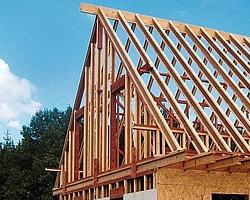 steico poutre en I placée en structure de toiture